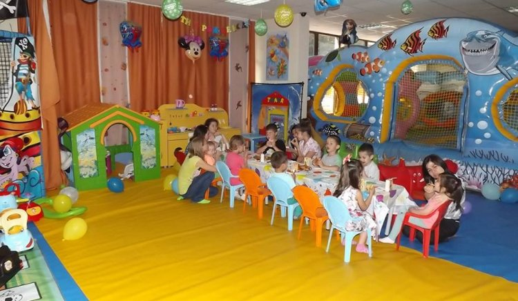 МО в БСП-Бургас и ОЖС организираха празник за най-малките