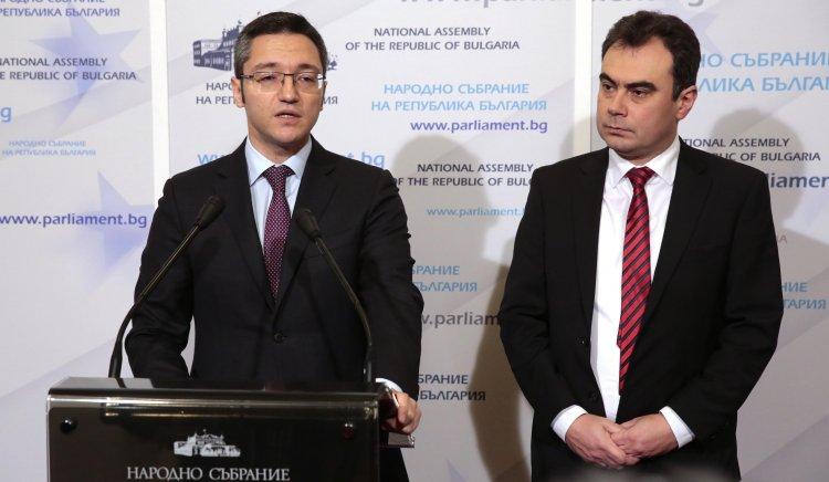 БСП дава министър Даниел Митов на прокурор