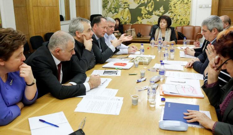 Михаил Миков: Бюджет 2016 не дава възможности за икономическо и социално развитие