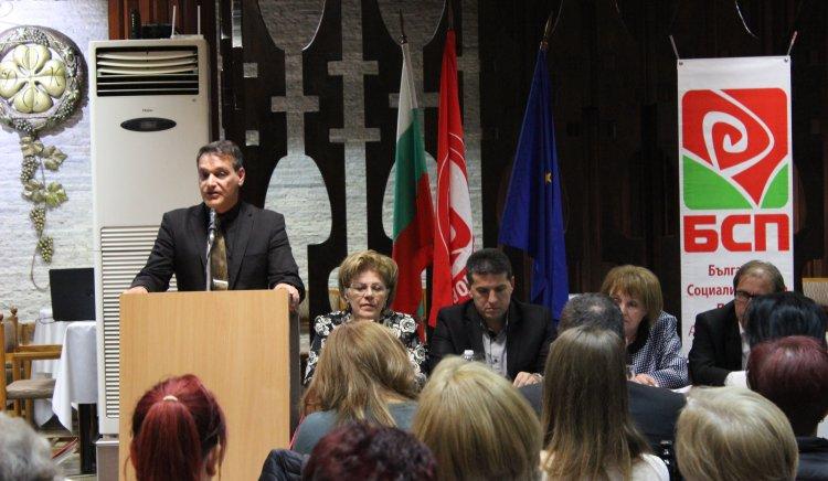 """Гражданите на Асеновград: """"Визия за България е чудесно предложение, но възможна ли е?"""""""