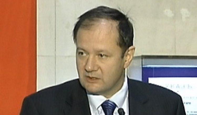 Михаил Миков към управляващите: Разглеждате пациентите като ходещи банкноти