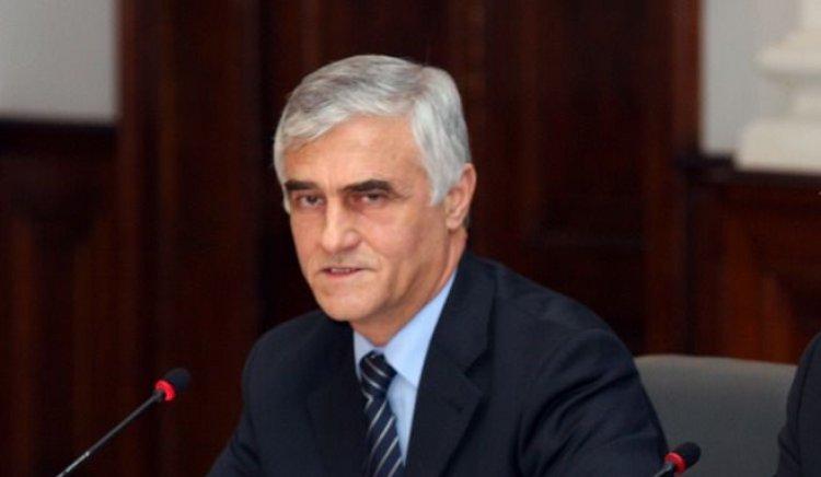 Правителството спешно трябва да реши дали България ще участва в енергийните проекти