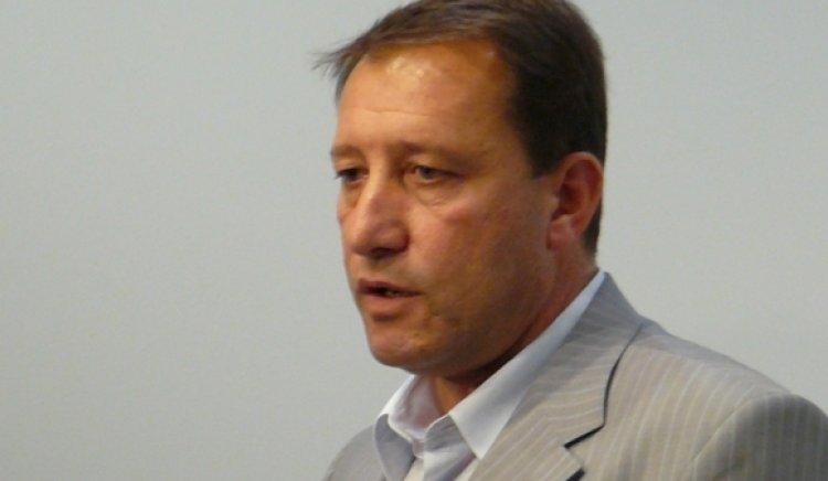 Ангел Найденов: Мажоритарният вот ще преодолее отчуждението на хората от политиката