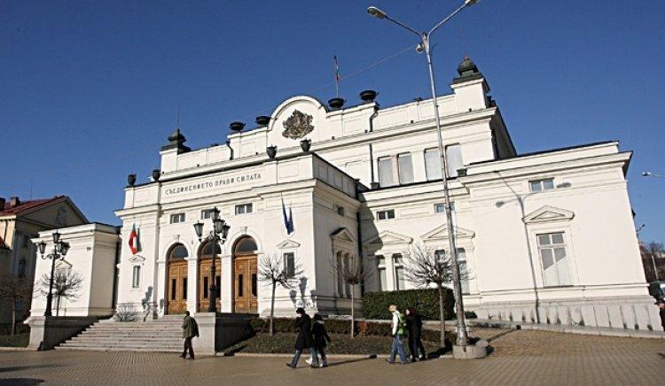 Симеон Дянков се упражнява в изготвянето на бюджет на гърба на българските граждани