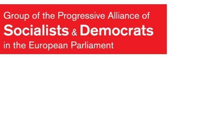 Българските евродепутати социалисти призоваха да не се ратифицира европейският пакт