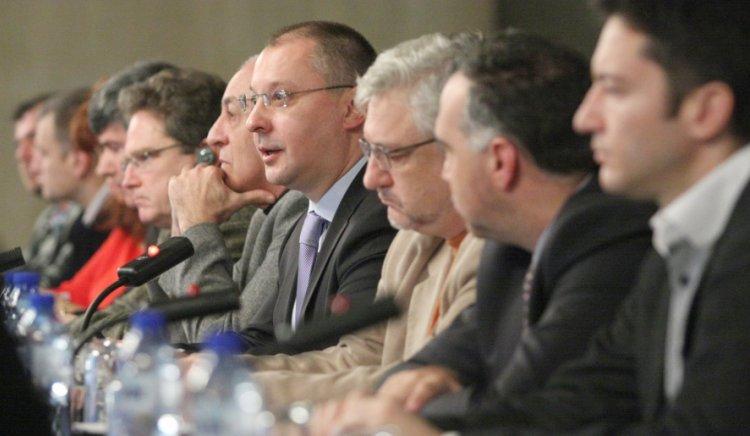 Сергей Станишев: Лидерите на партиите от ПЕС, които са управляващи,  да споделят опита си за провеждане на ефективни политики за преодоляване на икономическата криза