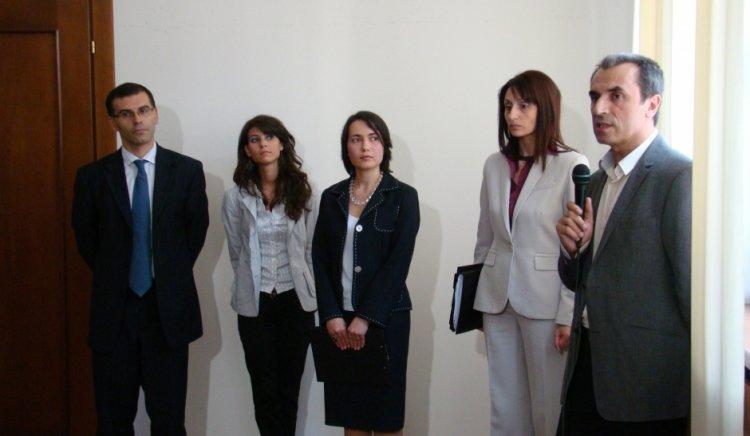 """Кабинетът """"Станишев"""" предприе адекватни антикризисни мерки при бързото пренасяне на последиците от  световната криза  върху страната ни"""