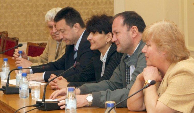 Коалиция за България е готова да внесе Закона за развитието на академичния състав в Конституционния съд, ако той остане в сегашния вид