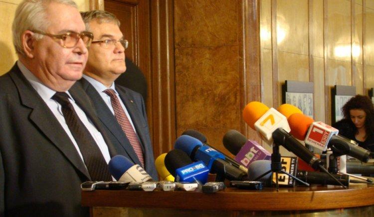 Любен Корнезов: Цветанов и Танов да мислят като говорят