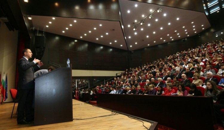 """Планът """"Станишев"""" удвои фискалният резерв в рамките на един мандат"""