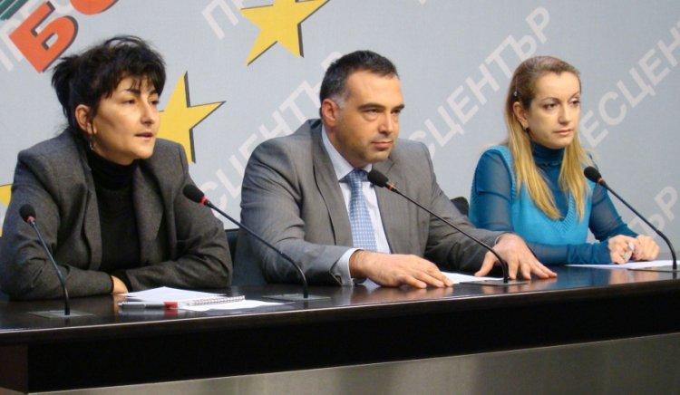 Антон Кутев: Правителството обрича близо 100 000 души на глад