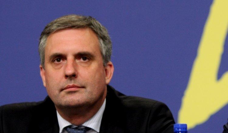 Ивайло Калфин: Ако не сме в Пакта за еврото, ще трябва да влизаме пак в ЕС