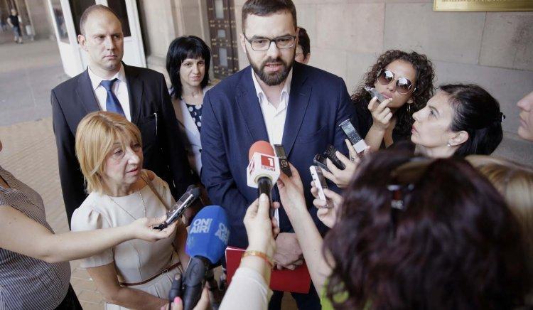 Стоян Мирчев: Искаме да спрем влизащото през 2018 г. финансиране на частните училища