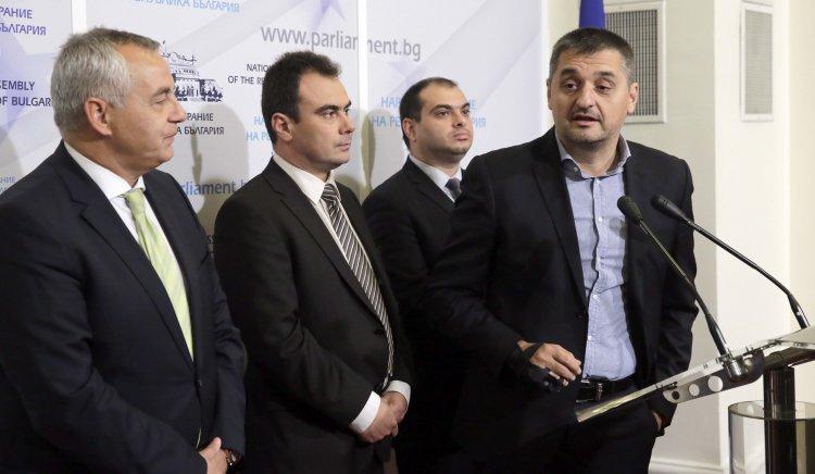 Жельо Бойчев: Това правителство и водената от него политика си отиват