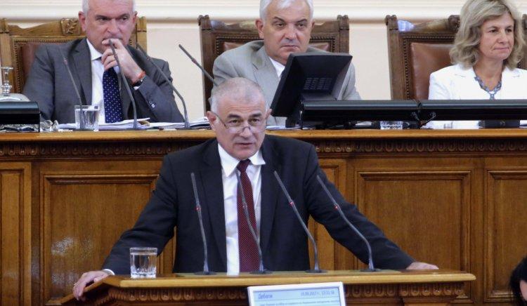 Гьоков към министър Порожанов: Кога хората ще получат справедлива рента за земята си?