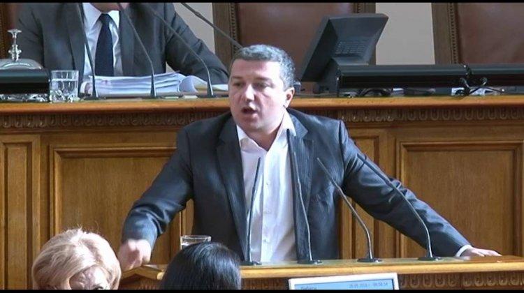 """Стойнев: Искаме да помогнем на правителството, като отменим решението за спирането на проекта АЕЦ """"Белене"""""""